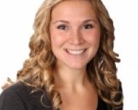 Rachel Hausman Headshot