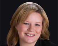 Amanda Scott Headshot