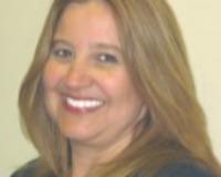 Clara Pelaez Headshot