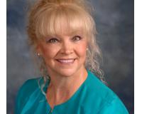 Kathy Petz Headshot
