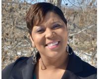 Latosha Williams Headshot