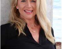 Susan Johnson Headshot
