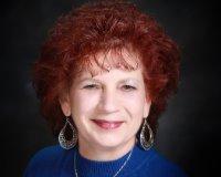 Cheryl Comeaux Headshot