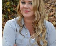 Kimberly Thackston Headshot