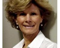 Lisa Brady Headshot