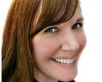 Debbie Jeannotte Headshot