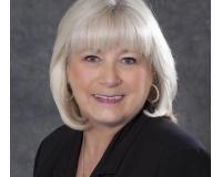 Susan Roser Headshot
