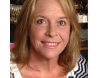 Donna Stone Headshot