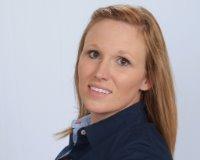Christina Lowery Headshot