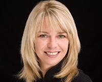 Jennifer Drummond Headshot