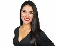 Victoria Valero Headshot