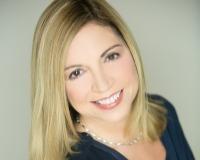 Michele Miller Headshot