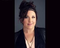 Carla Ferrante - BRE #01236169 Headshot