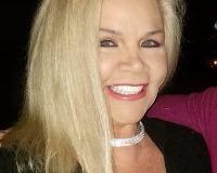 Carol Vanpell Headshot