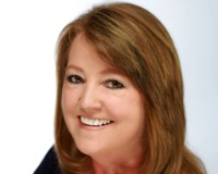 Sharon Iles Headshot