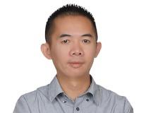 Derek Truong Headshot