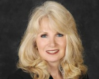 Suzanne Scott Headshot