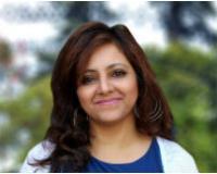 Afshan Rajani Headshot