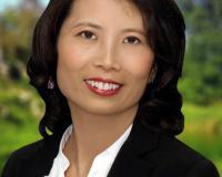 Evelyn Wang Headshot