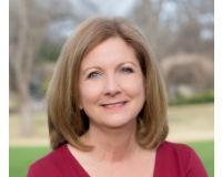 Diane Delabano Headshot