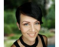 Dawn Phillips Headshot