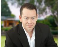 Gabriel Alarcon Headshot