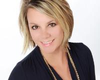 Amanda Breslin Headshot