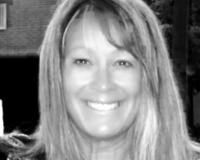 Beverly Ladd Headshot