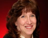 Karen Schueller Headshot