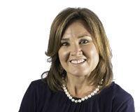Elaine Funk Headshot
