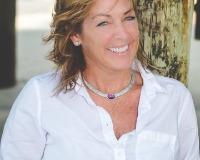 Jillian Tomkovich Headshot