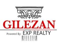 Stephanie Gilezan Headshot