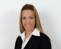 Claudia Bennett Headshot