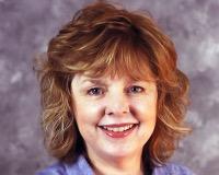 Lisa Razze Headshot