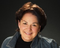 Teresa Wells Headshot