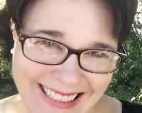 Joyce Tschieder Headshot