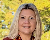 Mariana Valdes Headshot