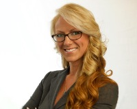 Shannon Kelly Headshot