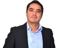 Javier Cosme Headshot