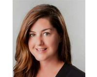 Amanda Nelson Headshot