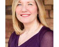 Rebecca Schoppe Headshot